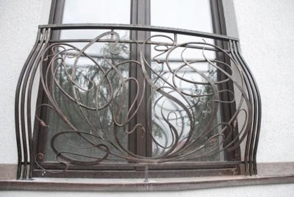 Французский балкон от Пластбург