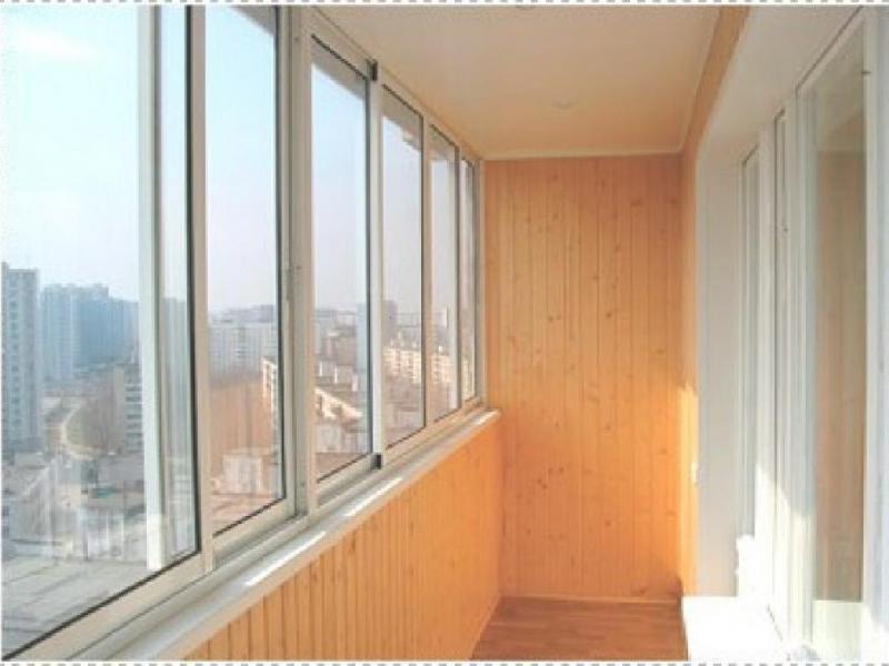 Отделка балконов и лоджий вагонкой 1