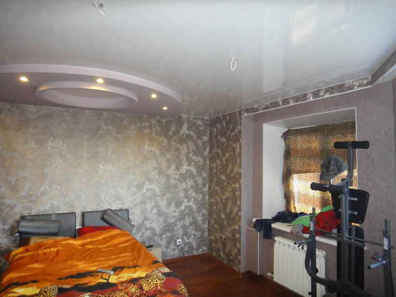 многоуровневый натяжной потолк