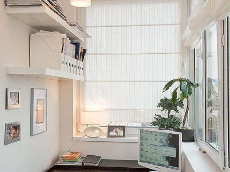 креативный вариант отделки балкона