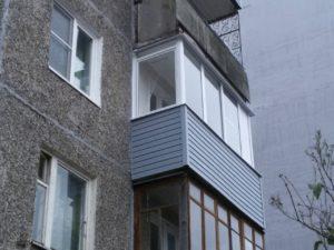 установка шкаф на балкон