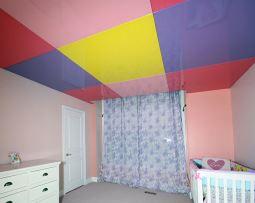 натяжной потолок в детскую